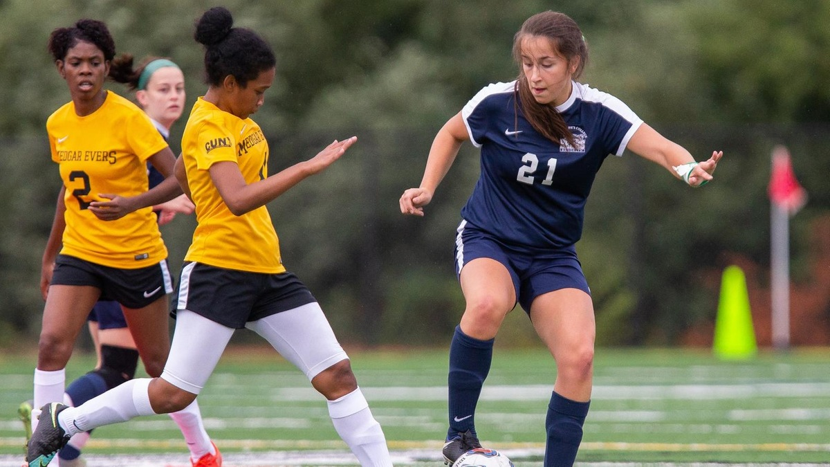 Molic Scores Twice as Women's Soccer Upends Maritime