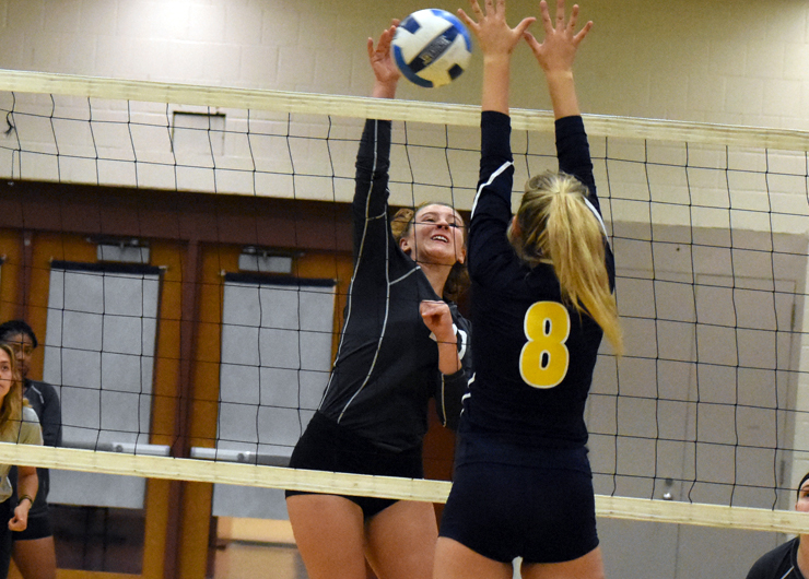 Lakers start fast but lose to Cuyahoga, 3-1