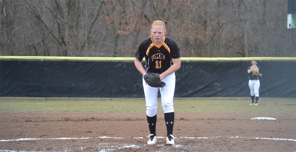 Softball Clinches America East Championships Appearance with Holte's No-Hitter Versus Hartford