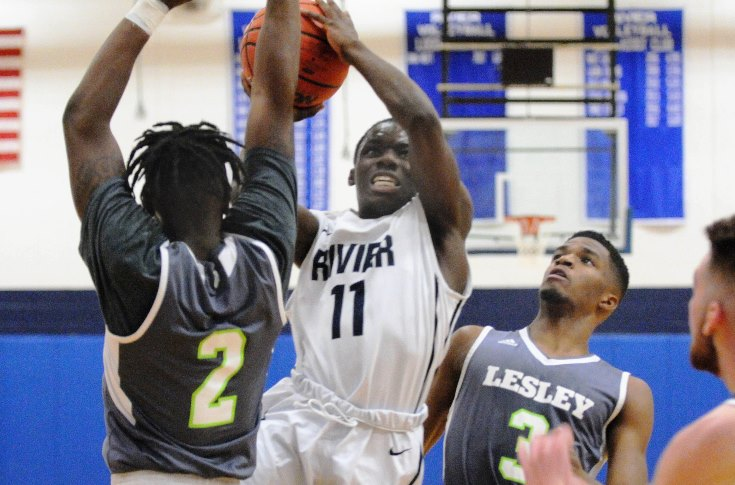 Men's Basketball: 2017-2018 Season closes at Lasell