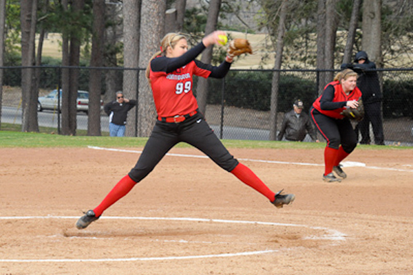 Huntingdon softball takes two games from Millsaps