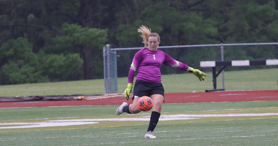 Women's Soccer Battles Wittenberg to Scoreless Draw