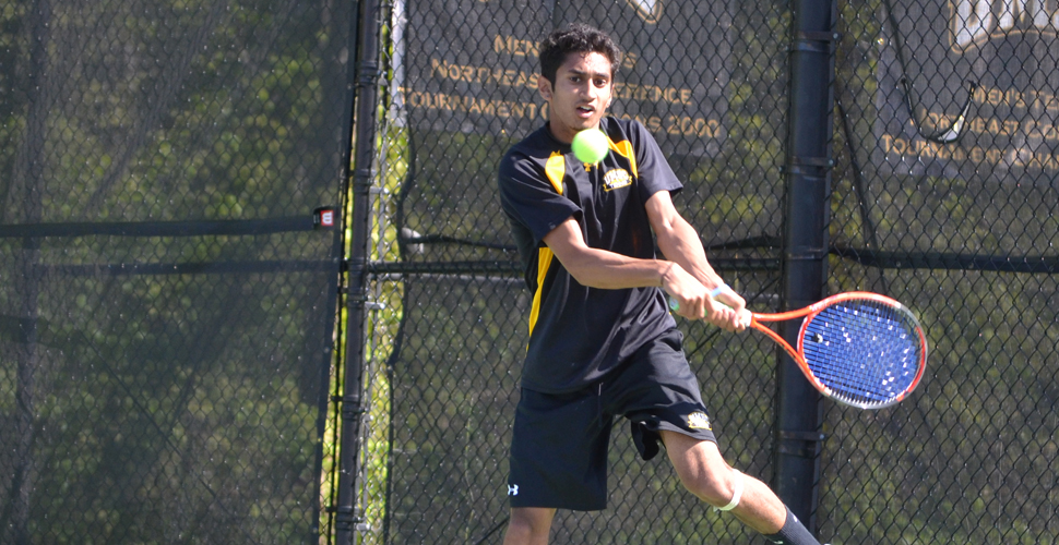 Men's Tennis Edged, 4-3, at Old Dominion