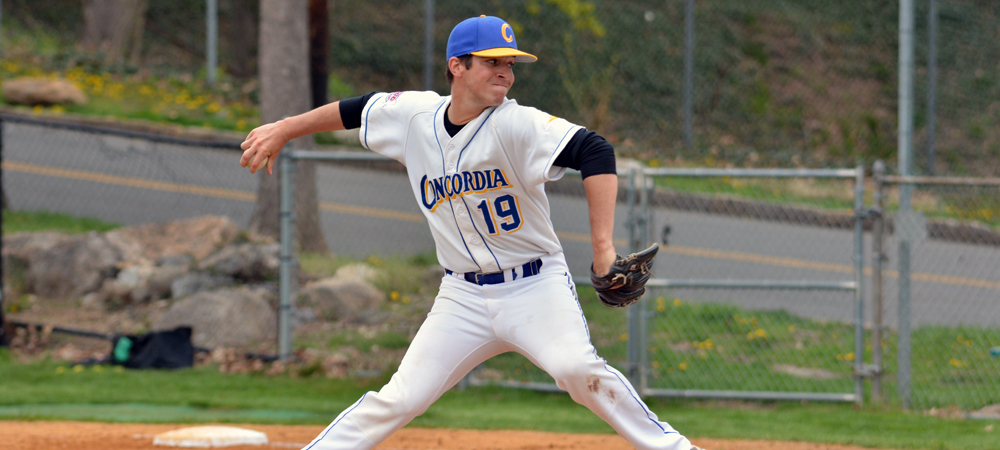 Clippers Baseball Tops Chestnut Hill, 4-1 and 6-5, to Begin CACC Schedule