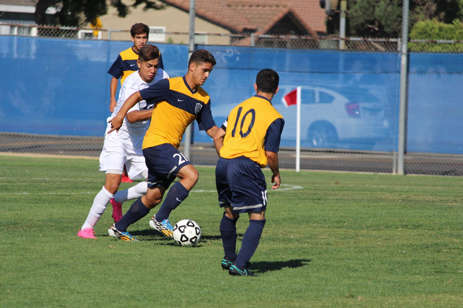 Chargers Fall 2-1 in Conference Opener