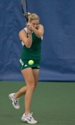Women's Tennis Sweeps Valparaiso, 7-0