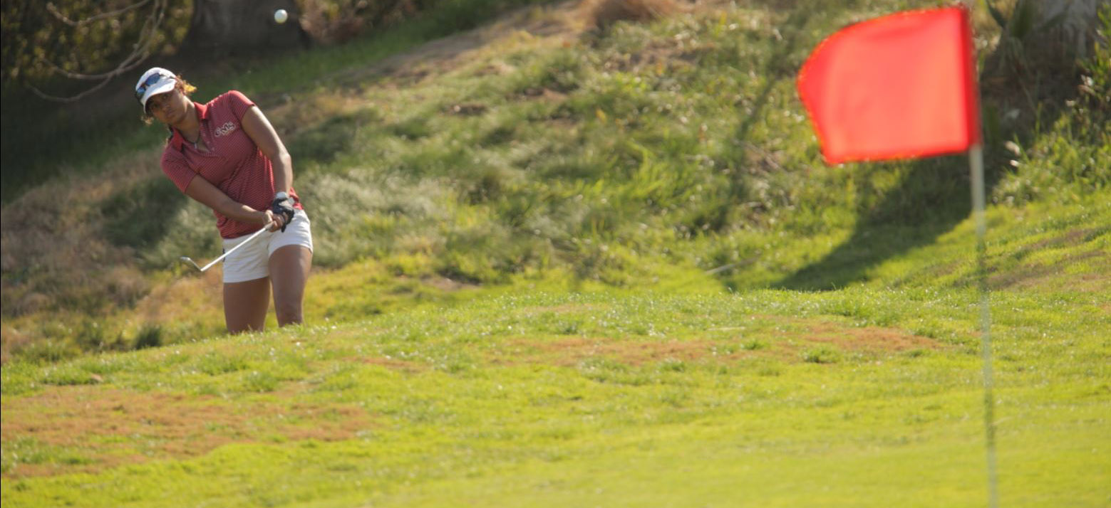 Three Athenas in top-10 as team finishes second at UCSC Invite