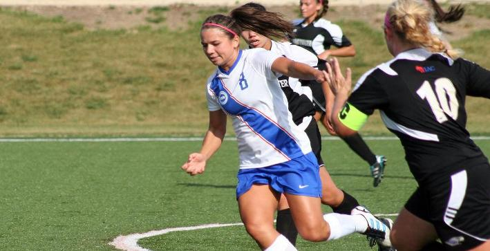 Ciesielczyk guides Women's Soccer to wild win over Lake Forest