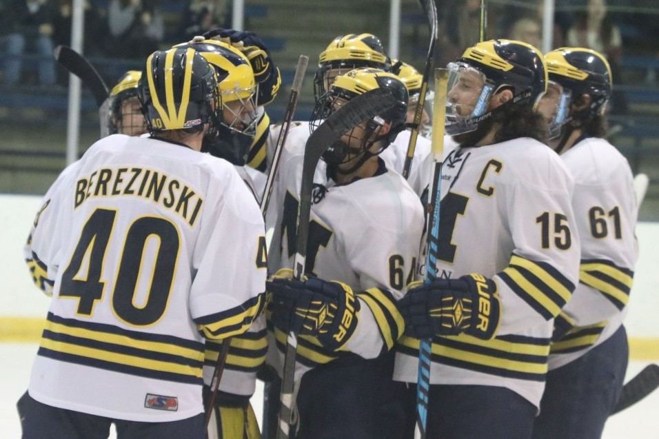Early surge sends No. 8 Wolverines past Blue Streaks