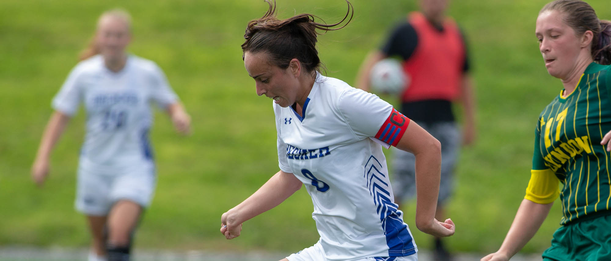 Keith's Hat-Trick Helps Women's Soccer Fly Past Nighthawks, 6-0