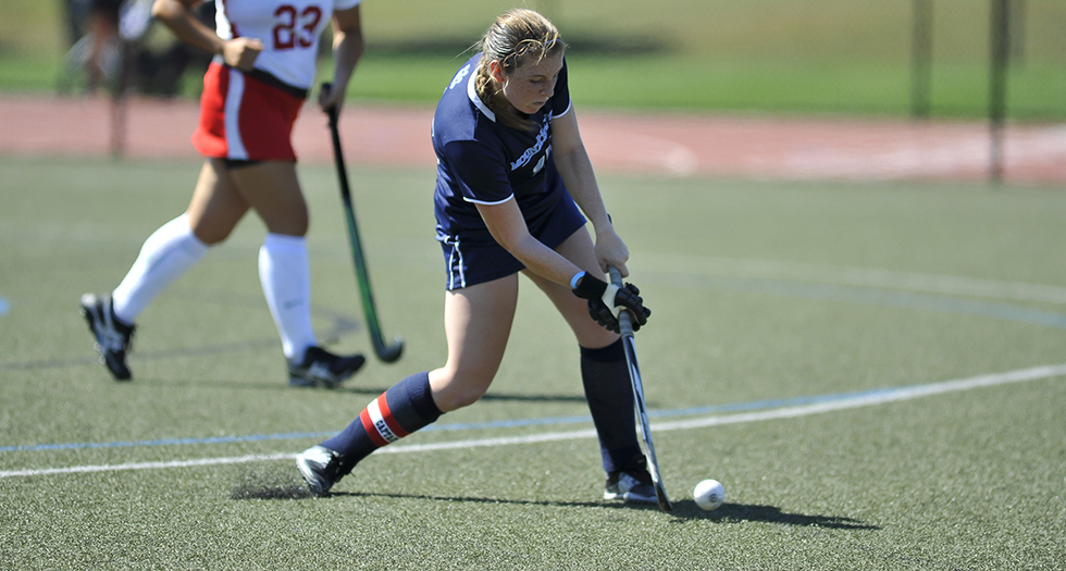 Field Hockey Shoulders Non-Conference Loss at Williams