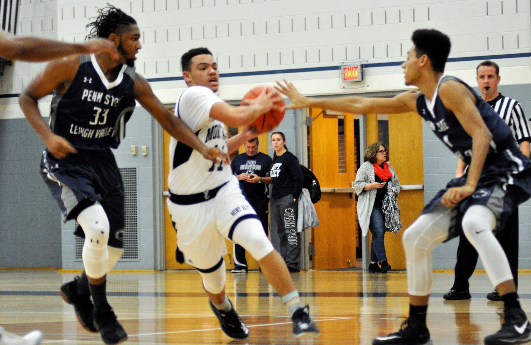 Men's Basketball Have Second Half Comeback Thwarted by PSU York