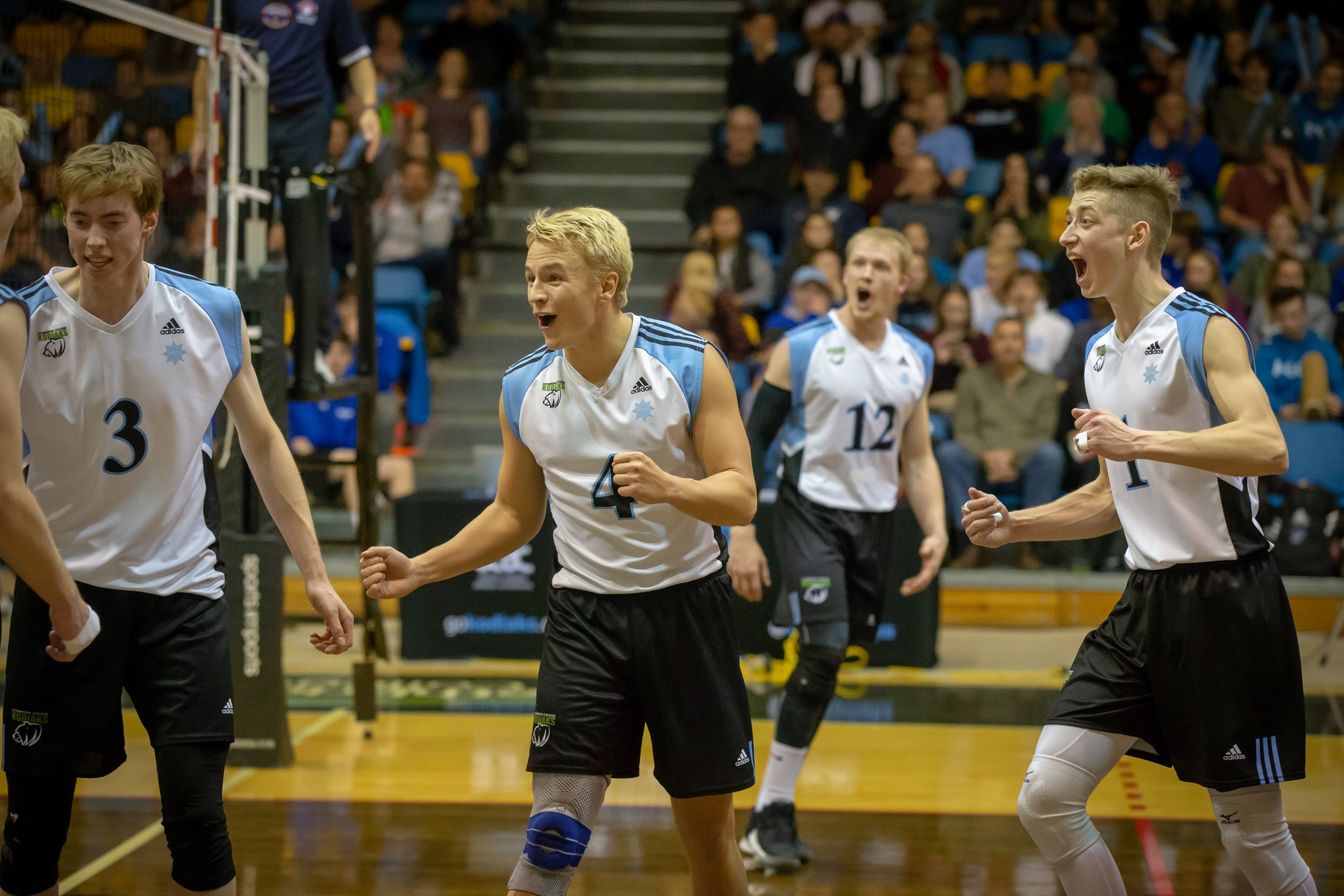 MVB | Kodiaks Take Down Clippers