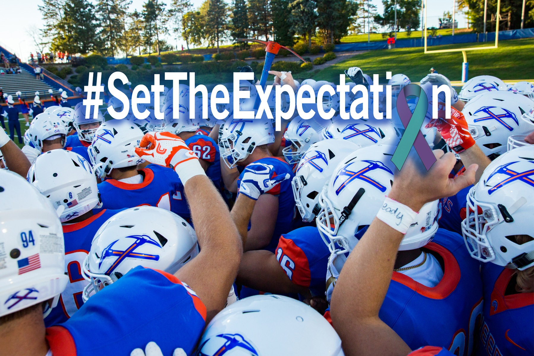 Pioneers host Blugolds in Saturday's #SetTheExpectation game