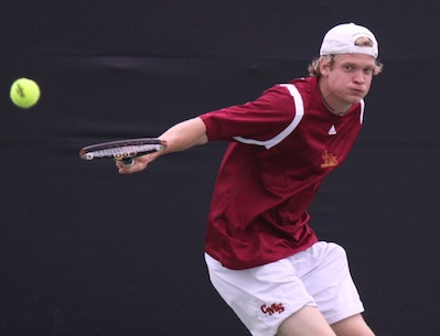 Men's Tennis Tops Gustavus 9-0