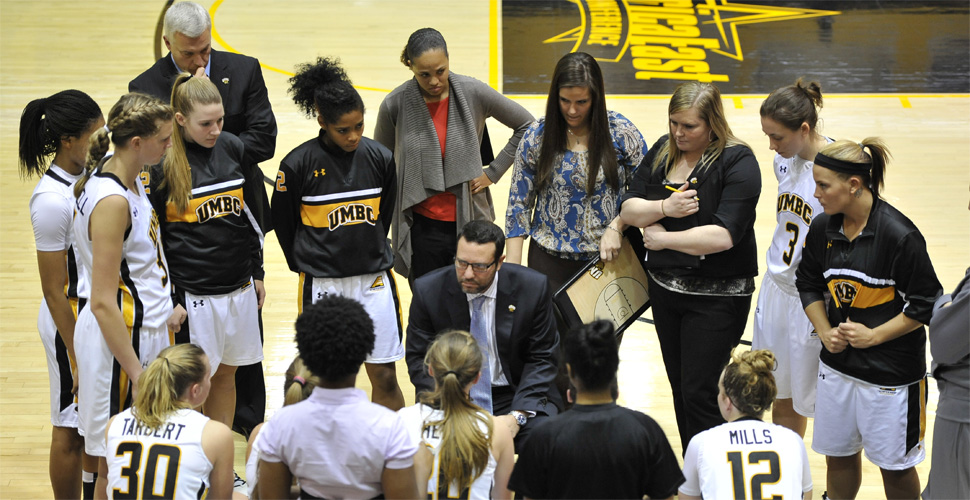 Women's Basketball Hits the Road to Take on Robert Morris