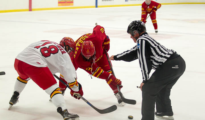 Team Crimson Tops Team Gold In Ferris State Hockey Intrasquad Action