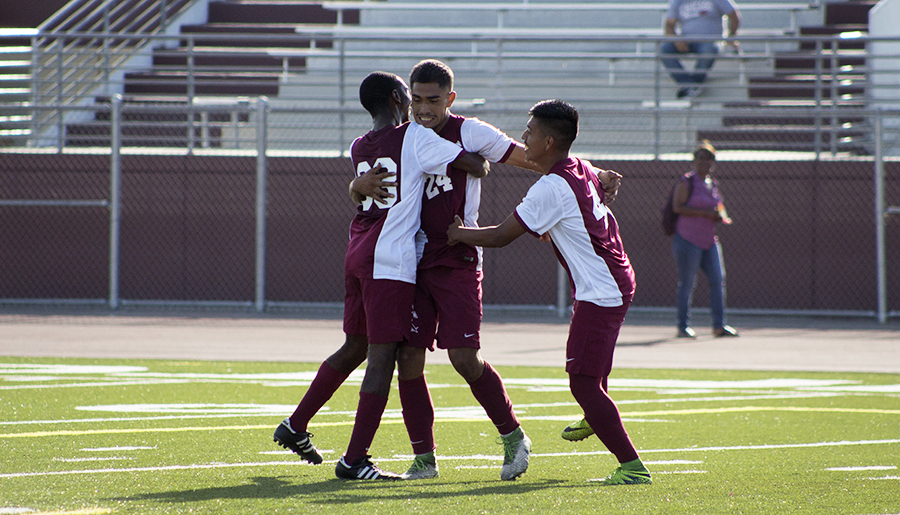 Men's Soccer Shuts Out Southwestern in Season Opener