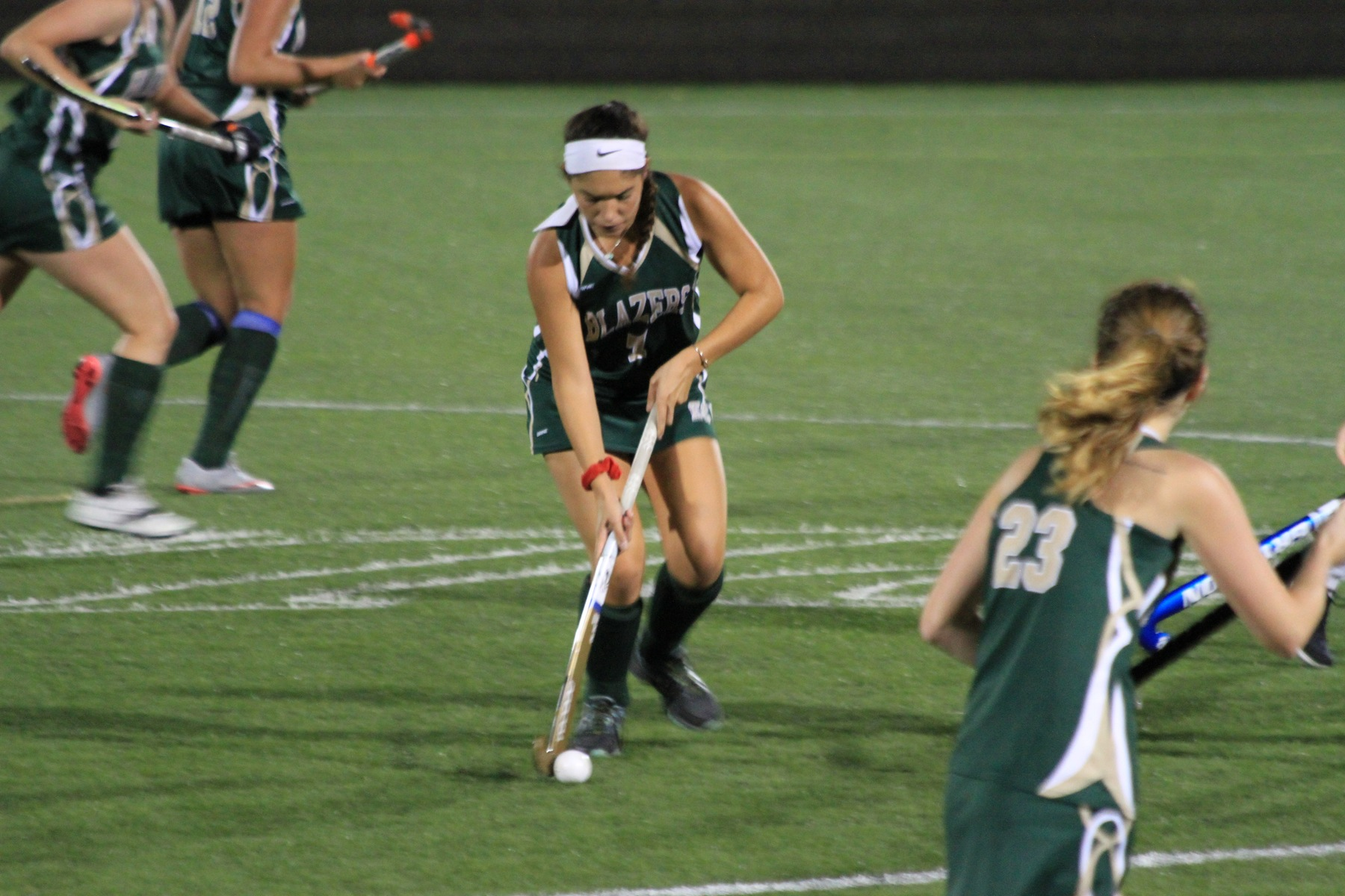 Field Hockey Edges Bay Path In NECC Opener