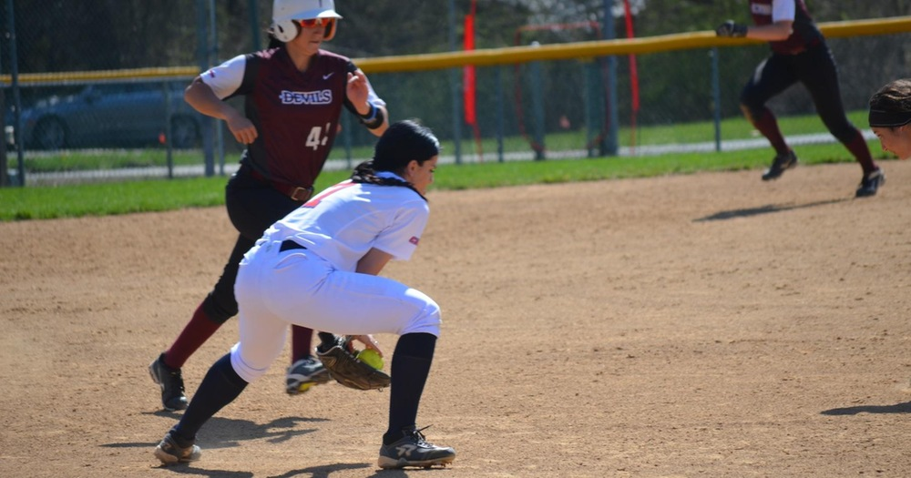 Nyack Softball Suffers Tough Doubleheader Sweep Against Philadelphia University