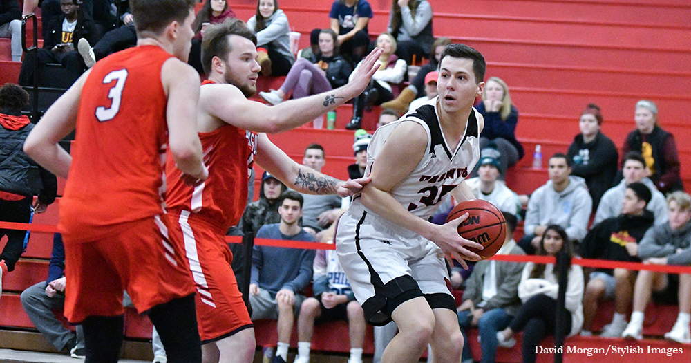 Men's Basketball's Late Rally Falls Short