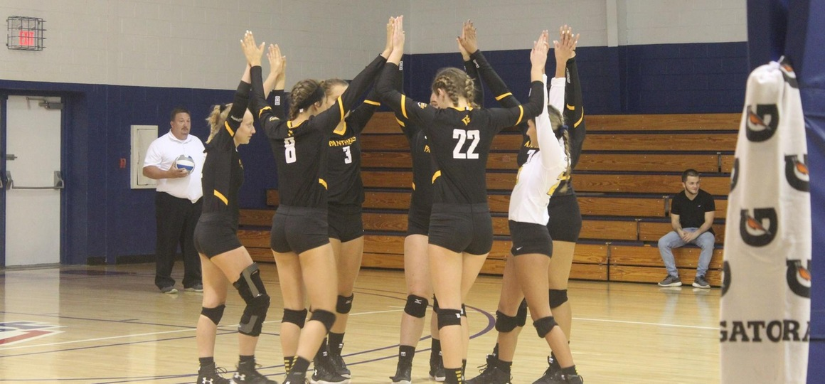 Volleyball Falls In Three At Findlay