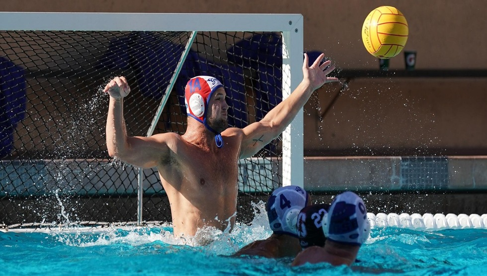 Redshirt freshman goalkeeper Danny Roland made 10 saves in No. 4 UCSB's 10-9 loss against No. 5 USC. (Photo by Catharyn Hayne)