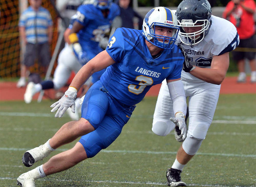 Football Falters Against UMass Dartmouth