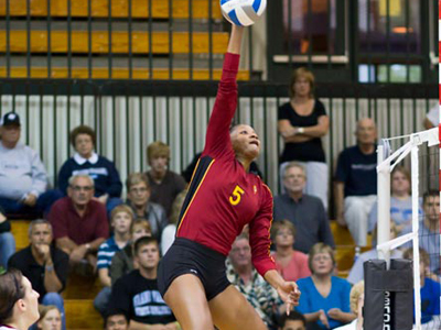 Ferris State was led by Arielle Goodson's match-leading 19 kills and three block solos.  (Photo by Ben Amato)