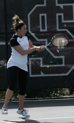 Women's Tennis Falls to Fresno Pacific 4-3