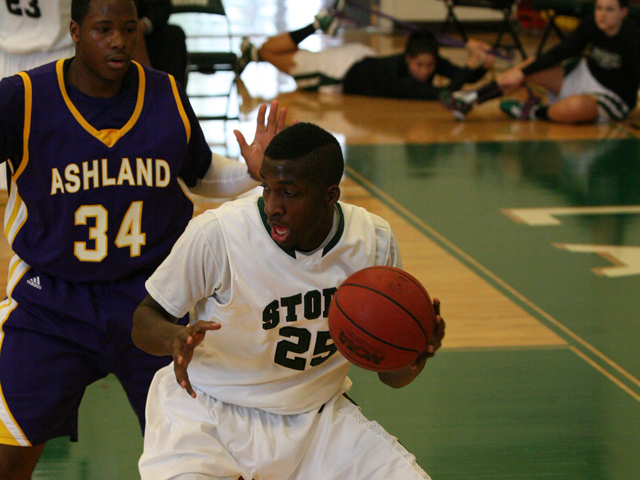 Storm Men Battle Back to Defeat Ohio Dominican in Overtime, 60-59