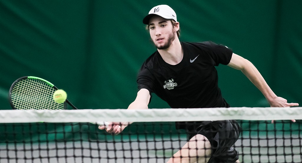 Bilinovich Notches 20th Singles Win As Vikings Split Matches Against Xavier & Wooster