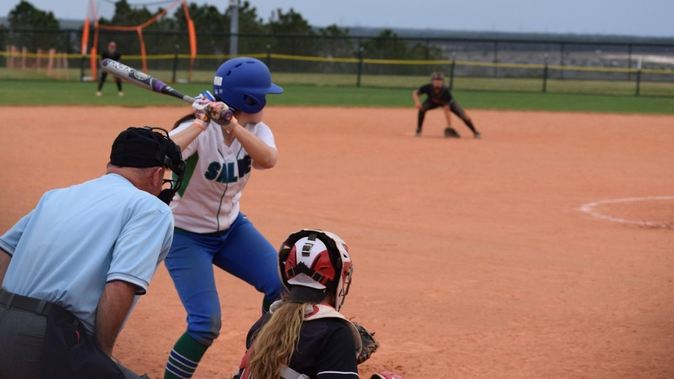 Seahawks and Nor'easters split CCC doubleheader in Biddeford