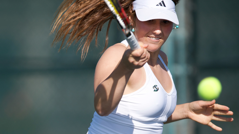 WOMEN'S TENNIS STUMBLES VS. NO. 20 TEXAS TECH