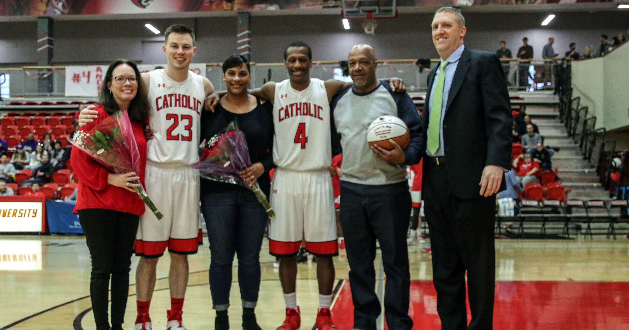 Mitchell, Goleszewski Lead Cardinals on Senior Day