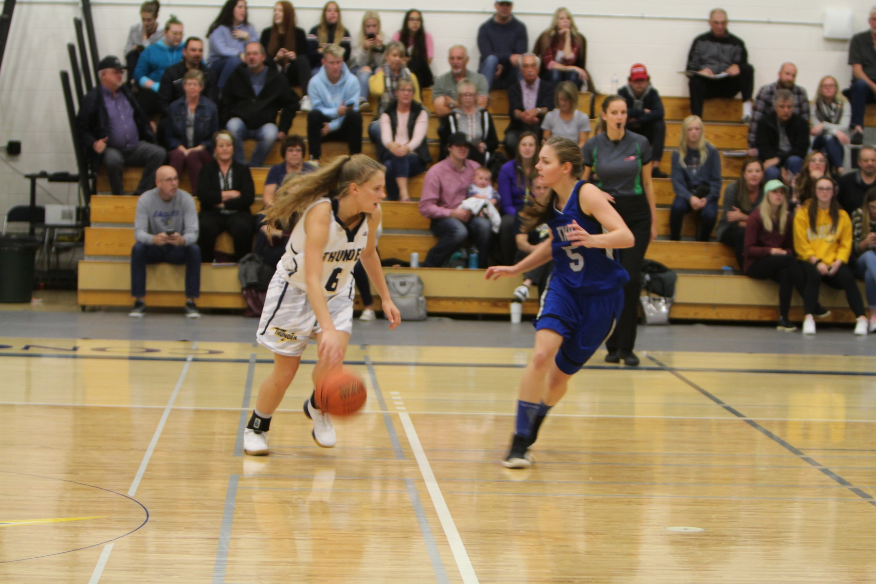 Thunder lose home opener against visiting Eagles