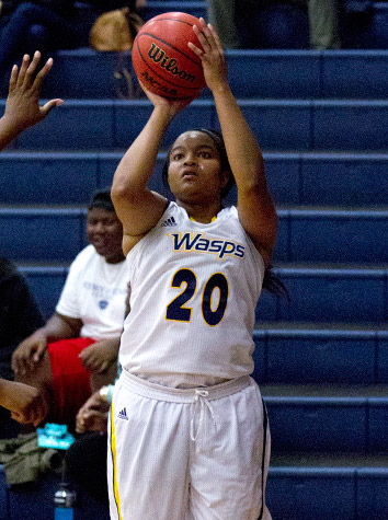 Emory & Henry Women's Basketball Wins ODAC Showdown, 71-67, Over Eastern Mennonite Monday