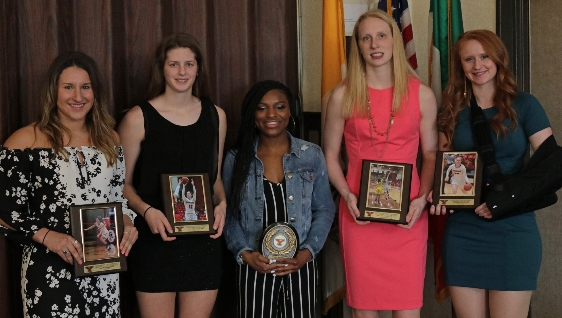 Nikki Arbanas, Chelsea Olson, Indiya Benjamin, Sarah Cash and Kelley Wright earned awards at the 2017-18 YSU Women's Basketball Postseason Banquet