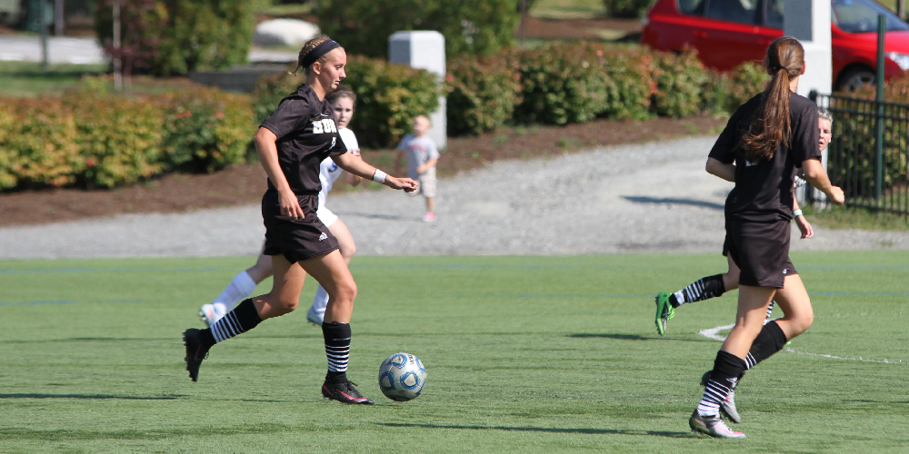 Eagles Fall to Beavers in a Close NAC Conference Game, 3-2