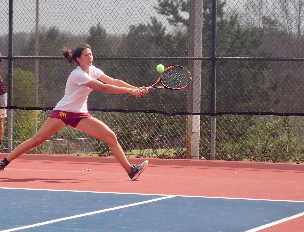 Women's Tennis Team shuts down Warriors for 5th straight win!