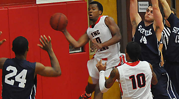 Men's Hoops Edges University of New England in First League Contest, 69-61