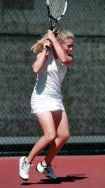 Women's Tennis Completes 2001 Season