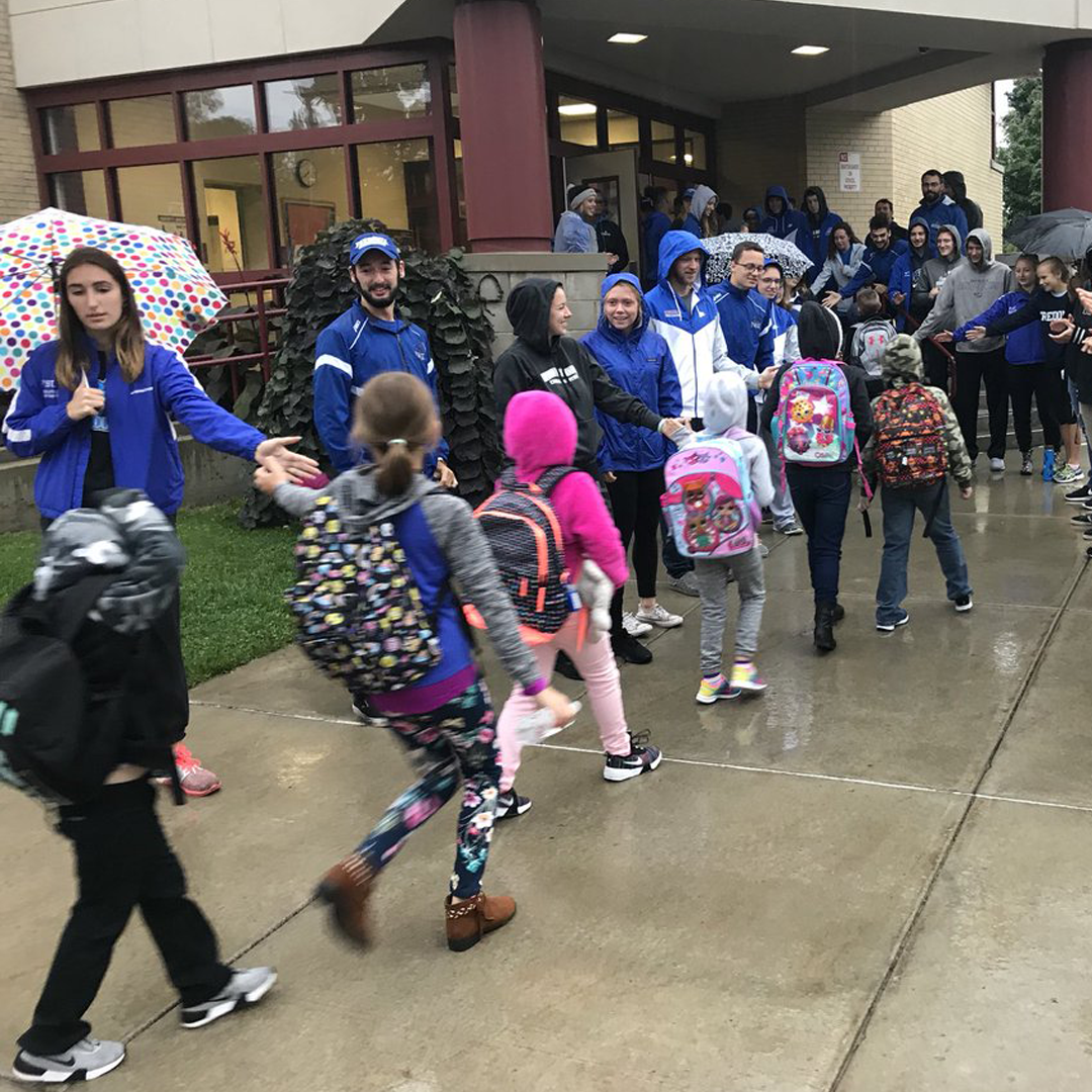 Athletes off the Field: Fredonia student-athletes encourage kids at elementary schools