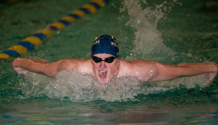 Men's Swimming & Diving Wins Home Meet