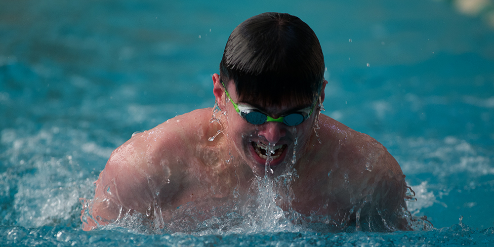 Men's Swimming & Diving Wins First Dual Meet of the Season in 46 Years Over the Monks, 146-28