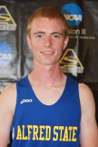 Hanss takes home Association of Division III Independents men's cross country Runner of the Week honors