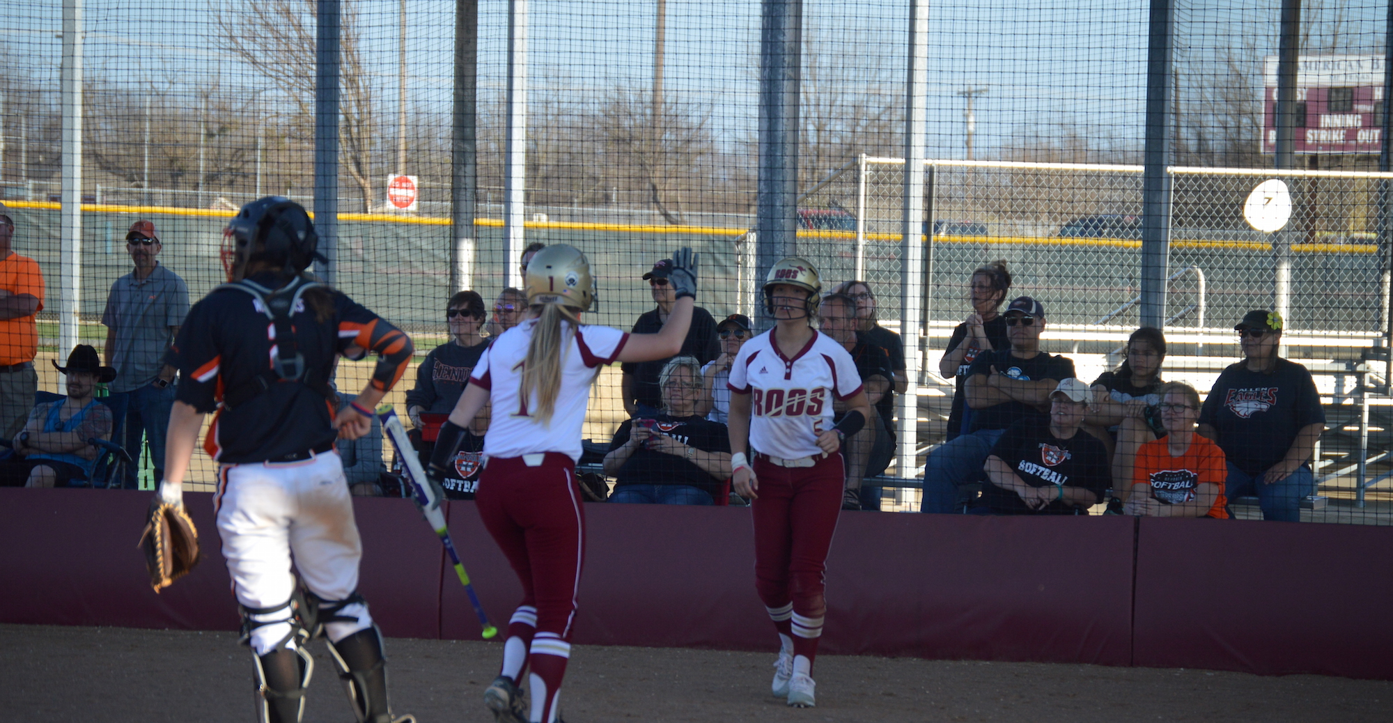 Hendrix Takes Two From 'Roo Softball