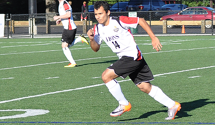Freddy Perez '11 Added to Men's Soccer Coaching Staff