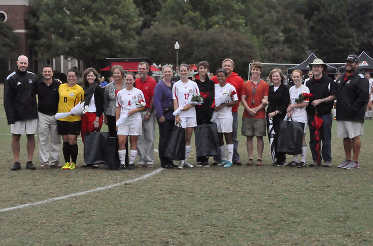 Women's Soccer: Panthers honor seniors in last home match