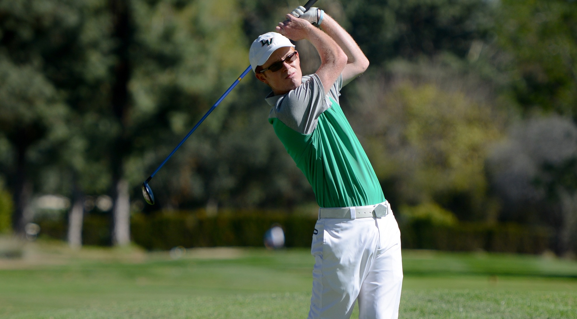 No. 24 Men's Golf opens up big lead at SCIAC No. 2